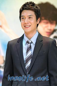 Cho Hyong Joon 2.jpg
